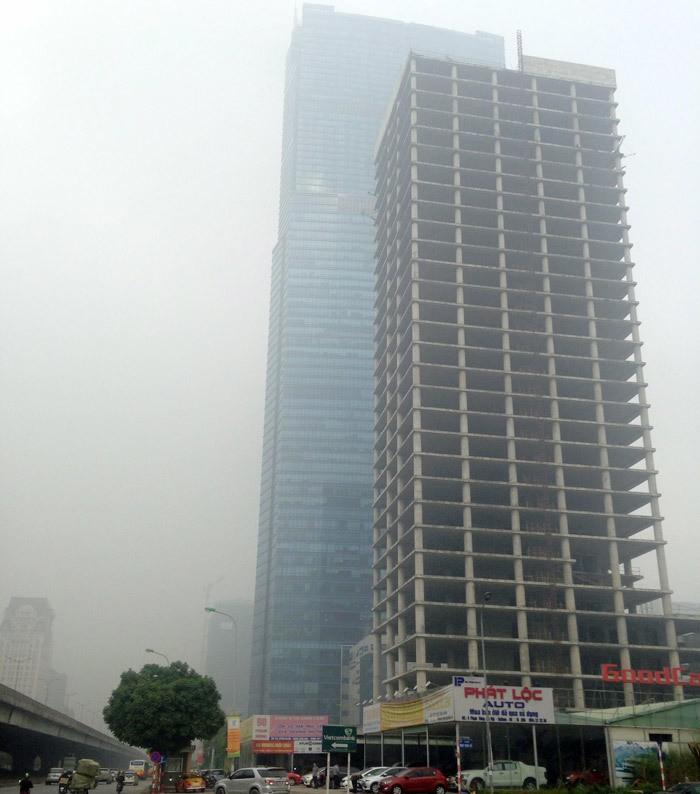 Tòa tháp ma hoang lạnh, ngàn tỉ đổ nát giữa Thủ đô - Ảnh 1.