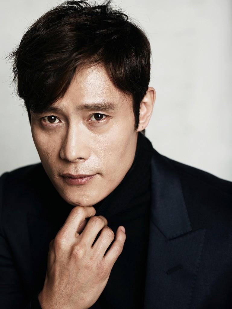Tài tử Lee Byung Hun: Từ hoàng đế nghiện sex đến danh xưng Tom Cruise châu Á - Ảnh 11.