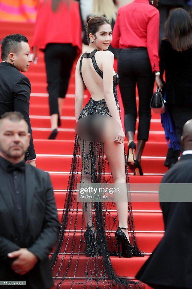 Hàng loạt báo Hàn chỉ trích Ngọc Trinh mặc phản cảm quá đà ở Cannes - Ảnh 2.