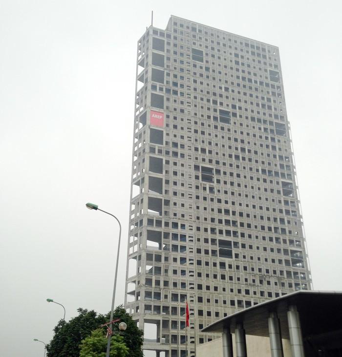 Tòa tháp ma hoang lạnh, ngàn tỉ đổ nát giữa Thủ đô - Ảnh 11.
