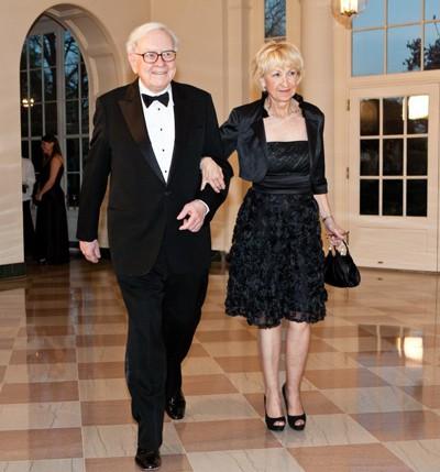 Warrent Buffett: Vụ đầu tư quan trọng nhất là chọn đúng bạn đời - Ảnh 2.