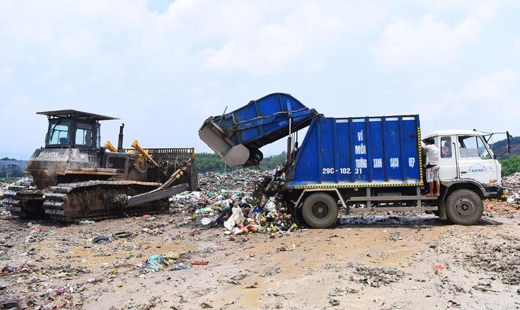 Bộ Tài nguyên Môi trường: '70% rác thải ở Việt Nam được chôn lấp' - Ảnh 4.