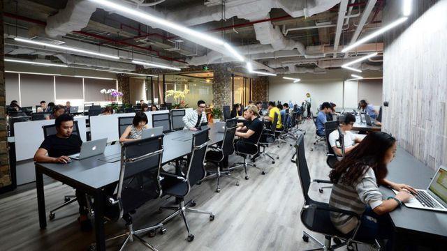 Nhiều doanh nghiệp ở Trung Quốc sang thuê văn phòng tại TPHCM - Ảnh 1.