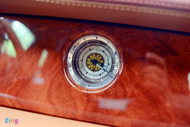 Rolls-Royce Phantom Mặt trời phương Đông 43 tỉ đồng của 'Đại gia điếu cày' Lê Thanh Thản - Ảnh 4.