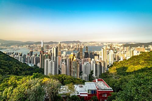 Nhà giàu Hong Kong muốn gom tiền sang Singapore - Ảnh 1.