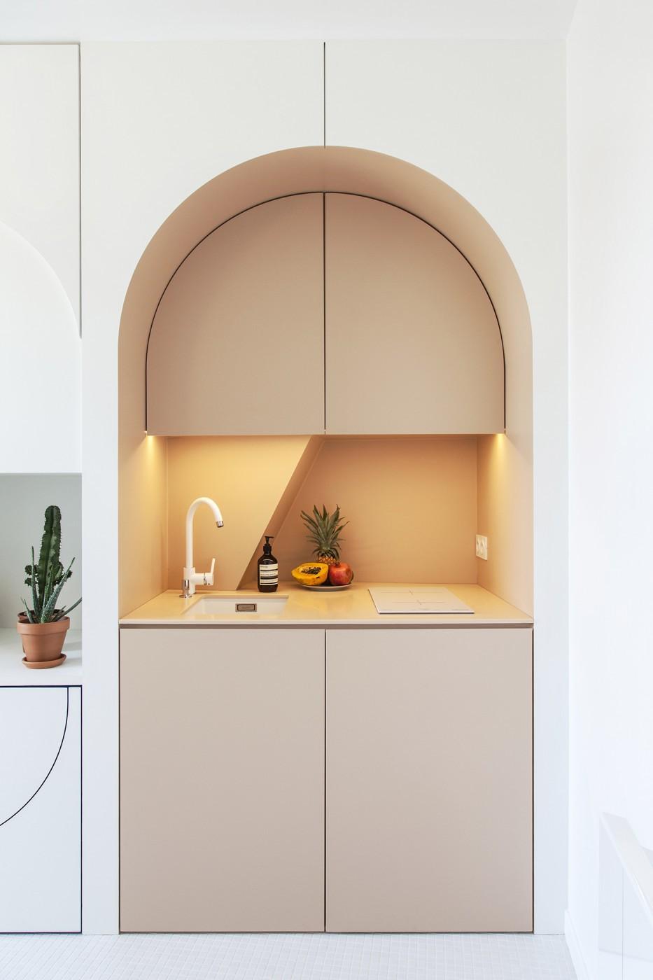 batiikstudio-architecture-interieur-paris-studio-petitesurface-chambre-de-bonne-designer-cadence-01