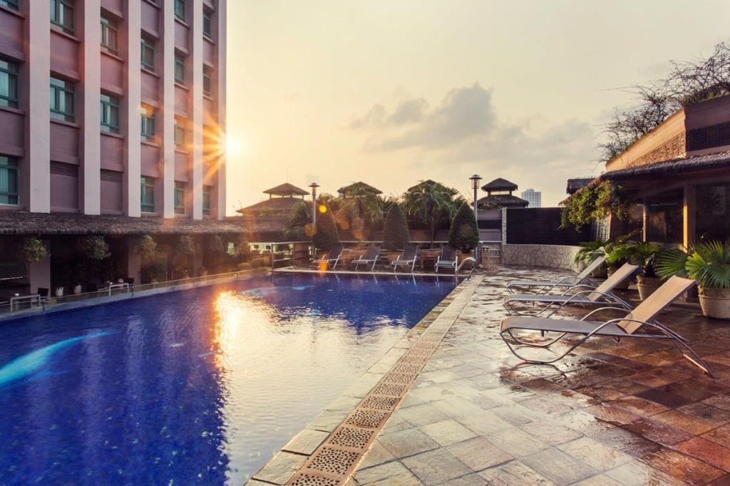 10 khách sạn, resort đẳng cấp 4 sao tốt nhất Việt Nam 2019 - Ảnh 2.