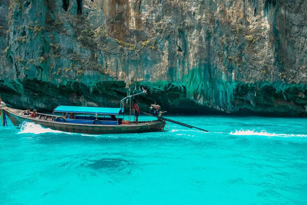 Lần đầu du lịch Thái, đến ngay thiên đường biển xanh như ngọc ở Krabi - Ảnh 1.