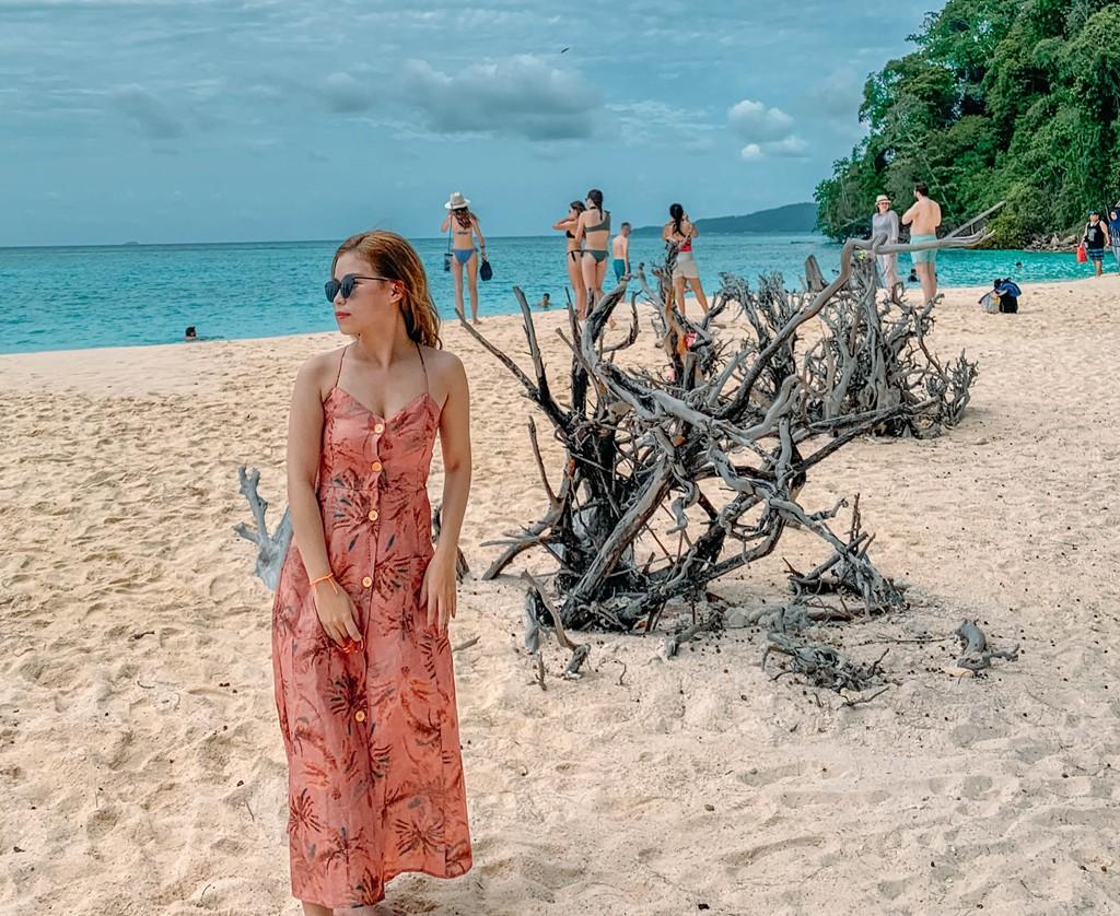 Lần đầu du lịch Thái, đến ngay thiên đường biển xanh như ngọc ở Krabi - Ảnh 7.