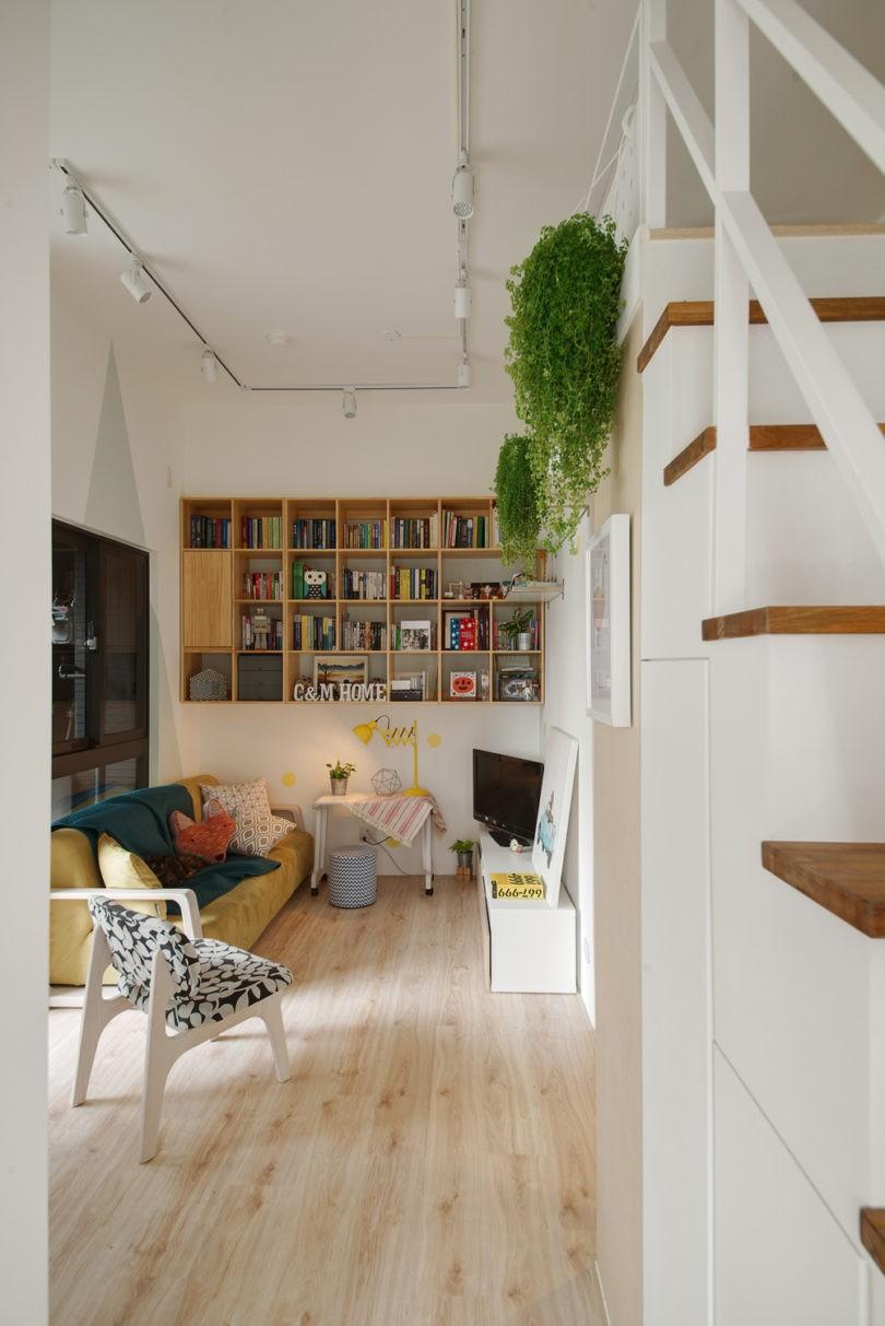 A-Lentil-Design-Lovely-Tiny-Space-5-810x1213