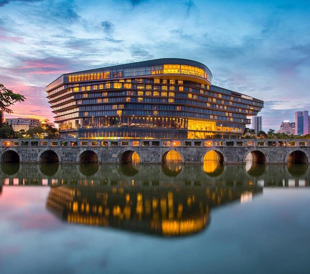 10 khách sạn 5 sao sang chảnh, chất lượng tốt nhất Việt Nam - Ảnh 3.