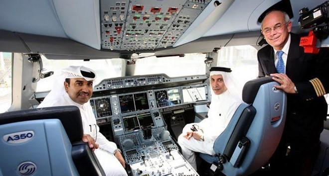 Soi lương 'khủng' của các phi công trên thế giới - Ảnh 13.