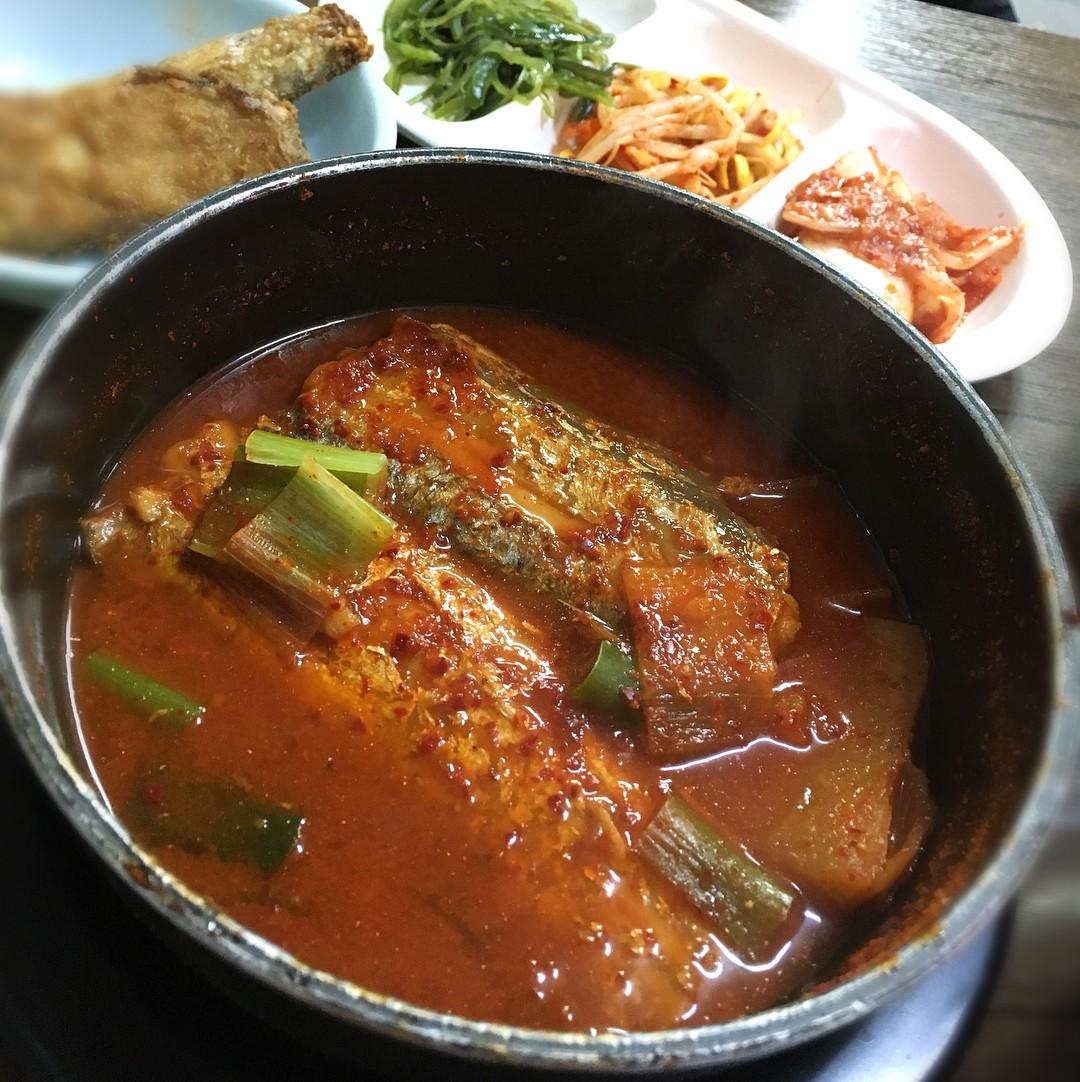 Không thể cưỡng lại sức hấp dẫn của 7 khu phố ẩm thực nổi tiếng nhất Seoul, Hàn Quốc - Ảnh 2.