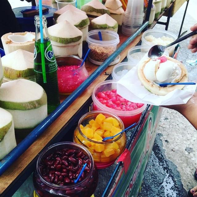 Những món ăn vặt nổi tiếng nhất định phải thử khi đến Thái Lan - Ảnh 30.