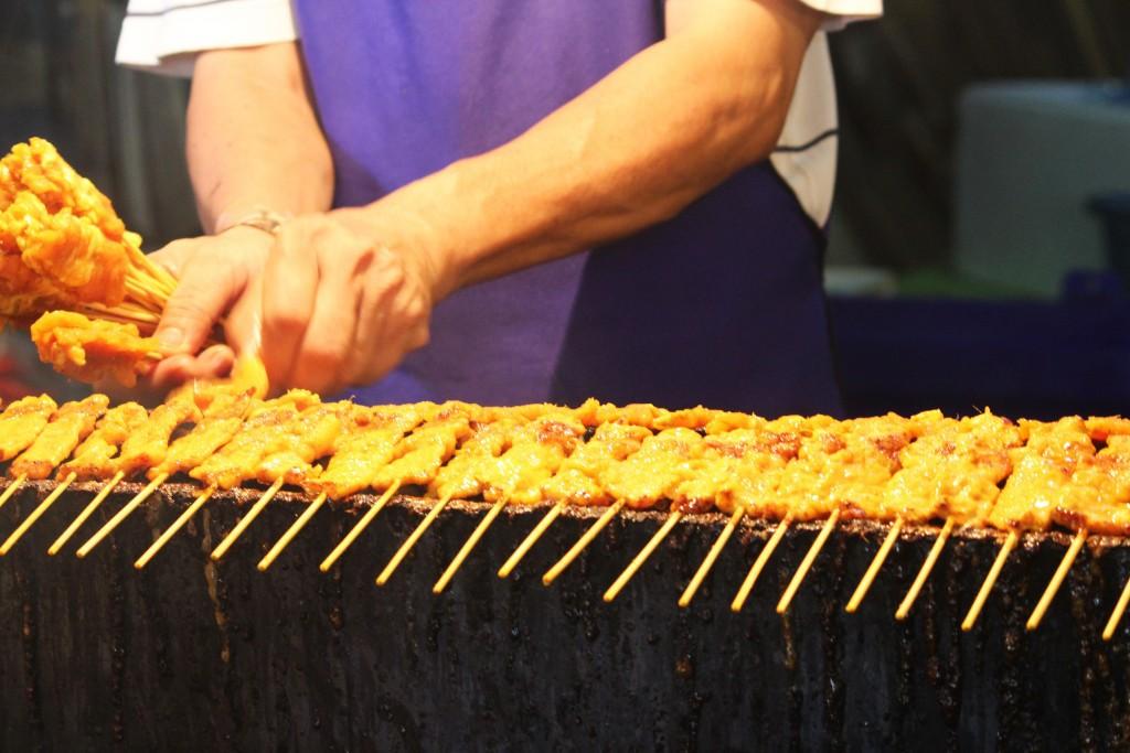 Những món ăn vặt nổi tiếng nhất định phải thử khi đến Thái Lan - Ảnh 37.
