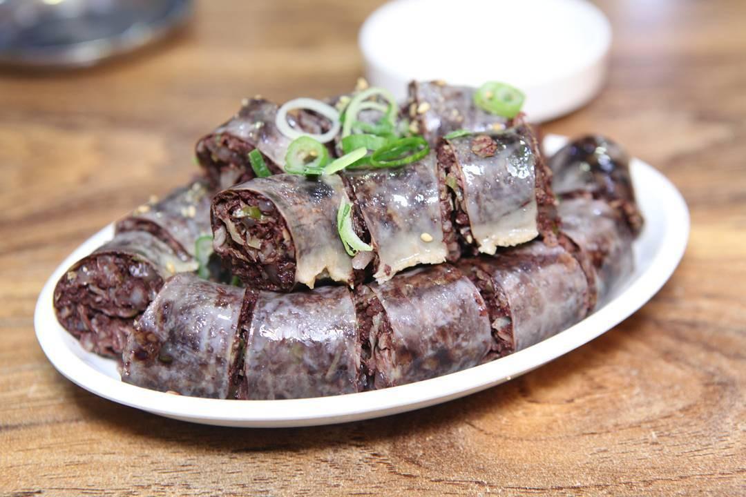 Những món ăn vặt nổi tiếng nhất định phải thử khi du lịch Hàn Quốc - Ảnh 7.