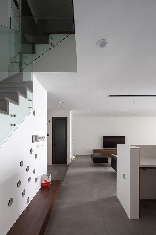 Gia chủ Hà Nội gộp hai căn hộ thành một 'biệt thự trên không' - Ảnh 5.