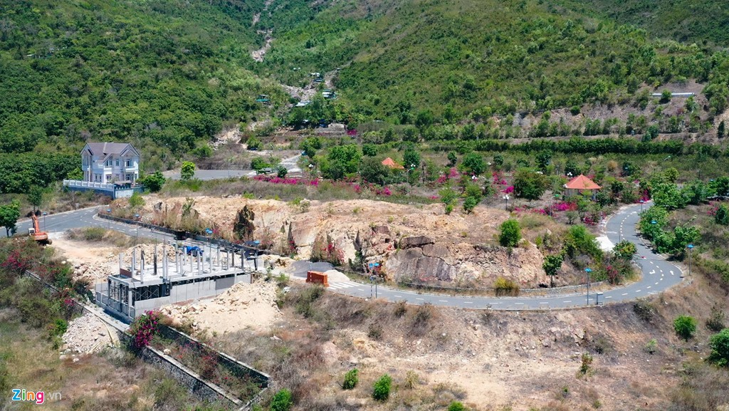 La liệt các vụ 'cạo trọc' núi ở Nha Trang để làm bất động sản - Ảnh 11.