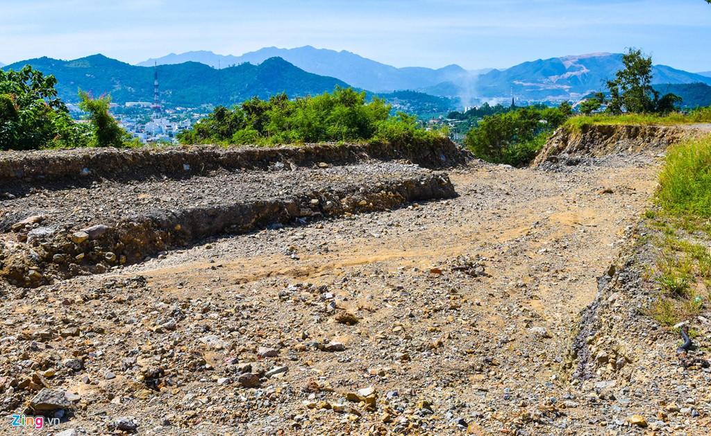 La liệt các vụ 'cạo trọc' núi ở Nha Trang để làm bất động sản - Ảnh 13.