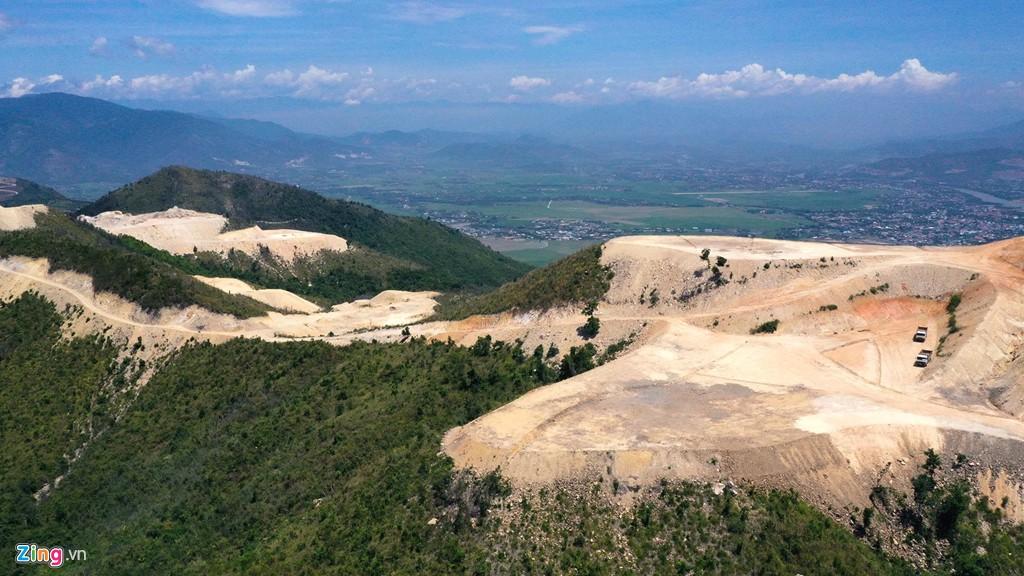 La liệt các vụ 'cạo trọc' núi ở Nha Trang để làm bất động sản - Ảnh 14.