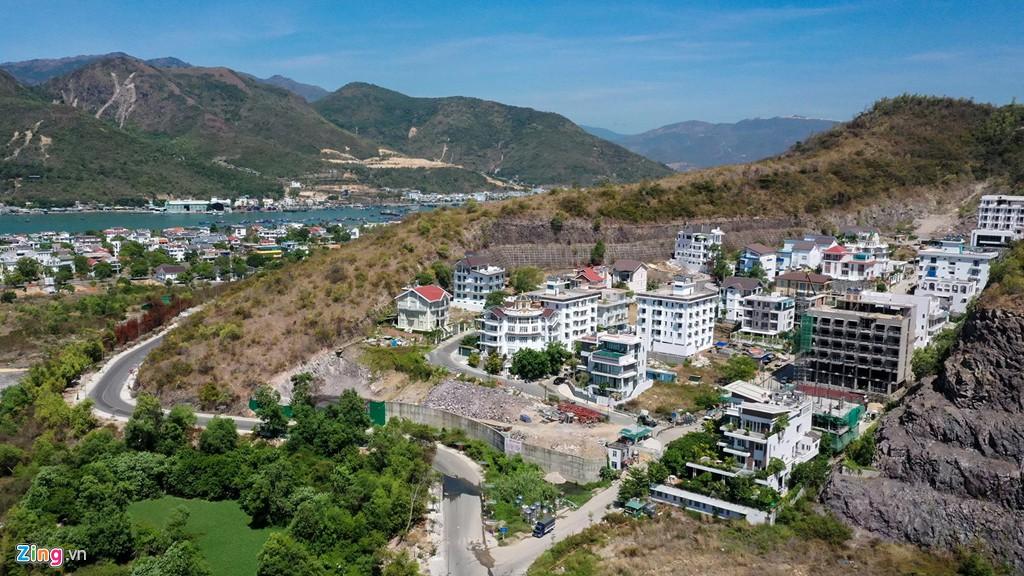 La liệt các vụ 'cạo trọc' núi ở Nha Trang để làm bất động sản - Ảnh 7.