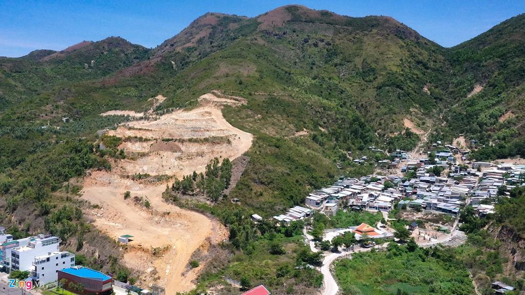 La liệt các vụ 'cạo trọc' núi ở Nha Trang để làm bất động sản - Ảnh 9.