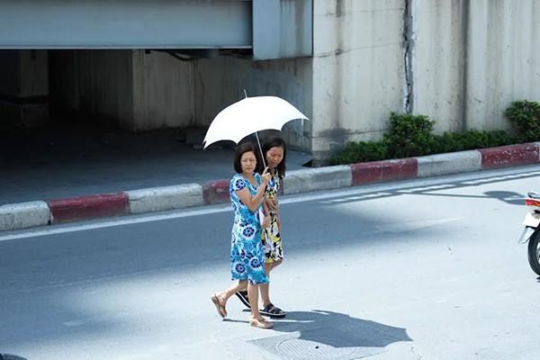 Thời tiết 3 ngày tới, Hà Nội nóng như nung - Ảnh 1.