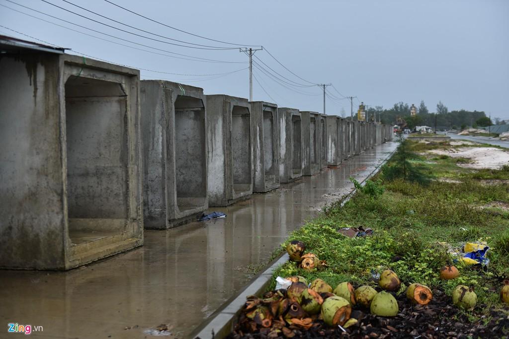 Phú Quốc ngập sâu - cái giá của bất động sản ồ ạt vây biển - Ảnh 4.