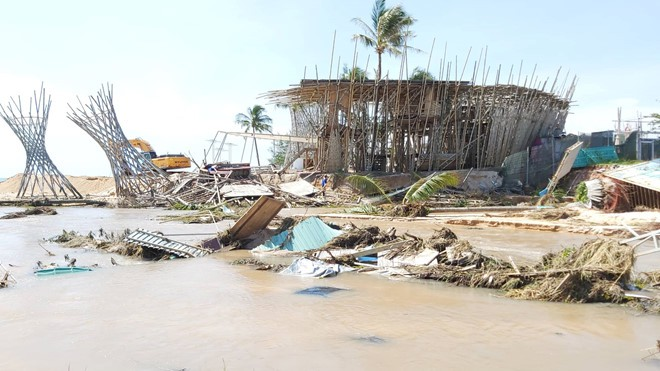 Đoạn bờ biển Phú Quốc tan hoang sau hai trận ngập lịch sử - Ảnh 15.