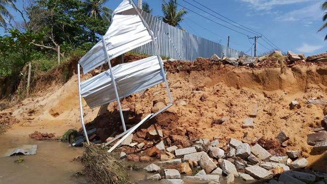 Đoạn bờ biển Phú Quốc tan hoang sau hai trận ngập lịch sử - Ảnh 5.