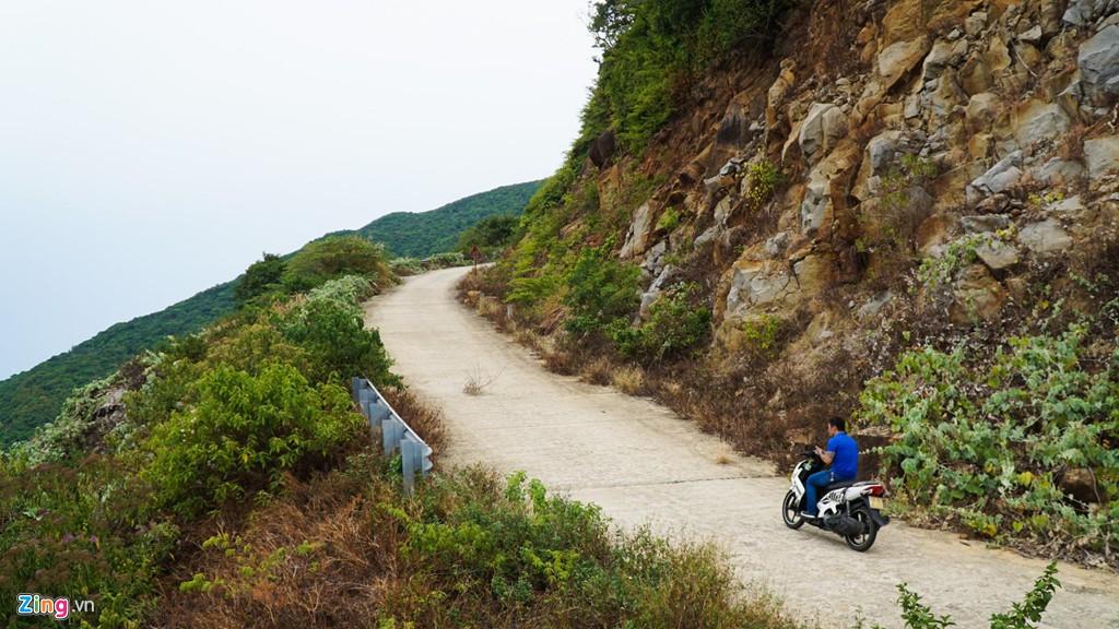 9 khúc cua 'tử thần' khiến nhiều người bỏ mạng ở núi Sơn Trà - Ảnh 5.