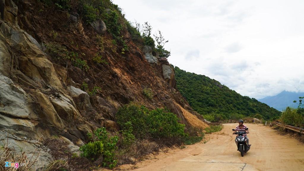 9 khúc cua 'tử thần' khiến nhiều người bỏ mạng ở núi Sơn Trà - Ảnh 6.