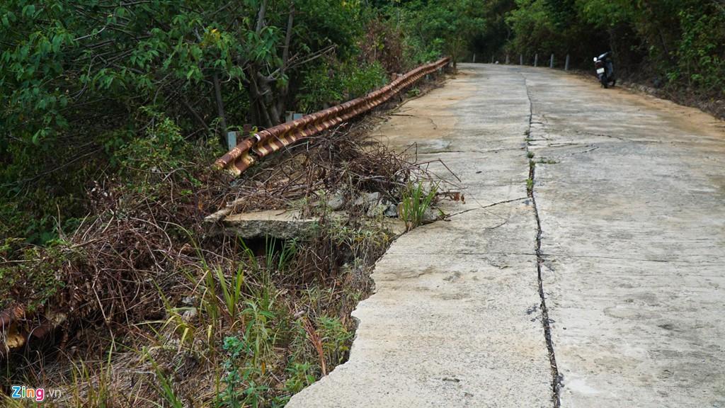 9 khúc cua 'tử thần' khiến nhiều người bỏ mạng ở núi Sơn Trà - Ảnh 7.