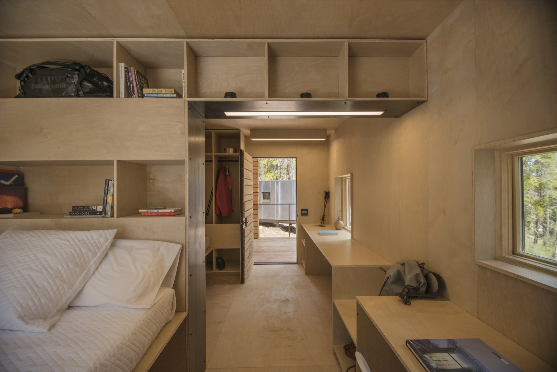 CabinF_Interior2