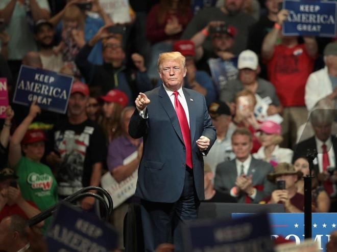 Gia đình Tổng thống Mỹ Donald Trump tiêu xài xa hoa như thế nào? - Ảnh 6.