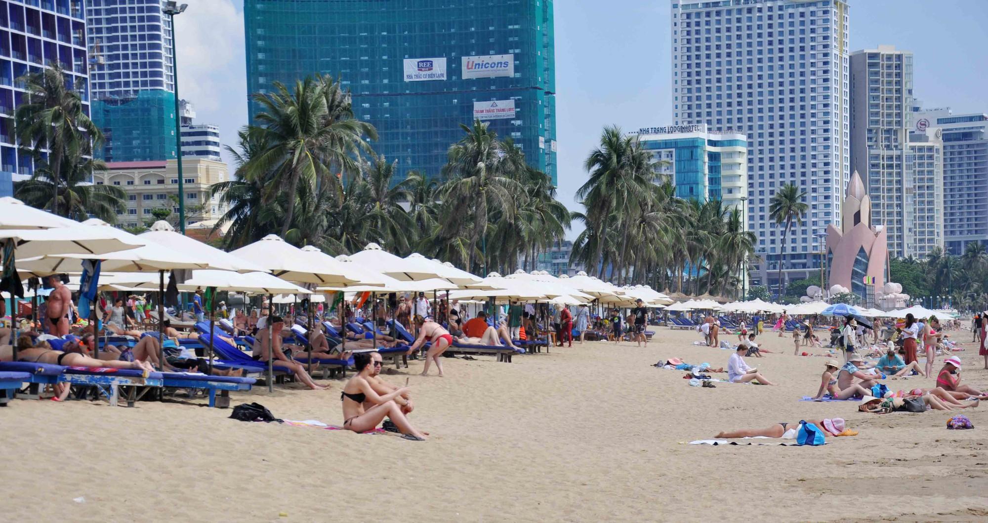 HHDL Nha Trang – Khánh Hòa kiến nghị cho doanh nghiệp miễn phí thuê bãi biển đến hết năm 2020 - Ảnh 1.