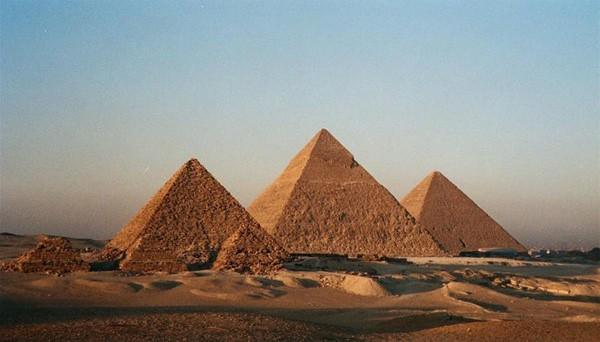 Những bí ẩn 'hại não' về kim tự tháp Ai Cập - Ảnh 2.