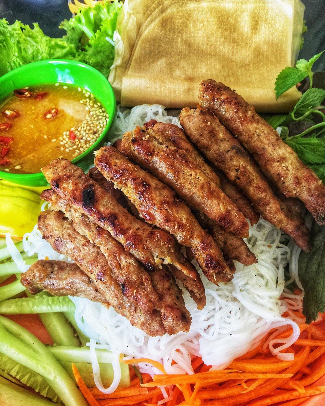 Lễ 2/9 ngại đi chơi xa, đến ngay những quán ăn ngon và thưởng thức món ăn vặt nổi tiếng xứ Huế  - Ảnh 4.