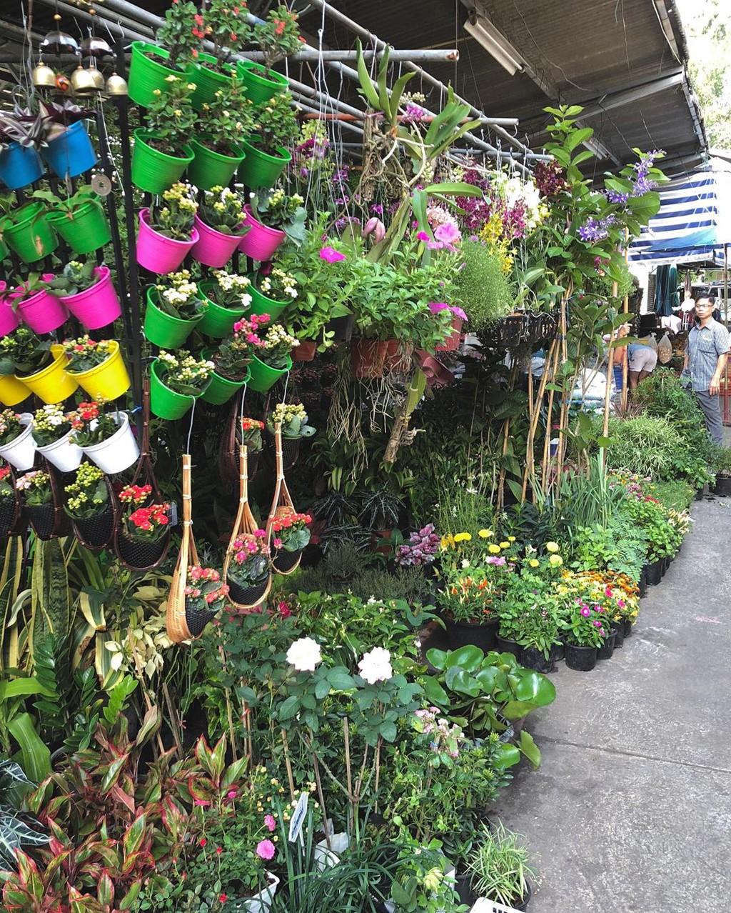 'Cho ke cap' va nhung khu mua sam noi tieng o Bangkok hinh anh 4