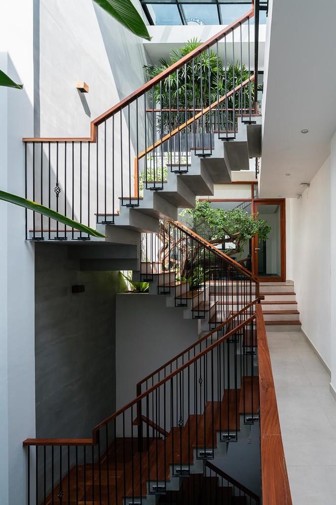 Vẻ đẹp 'gây nghiện' của căn nhà phố ở Sài Gòn - Ảnh 3.