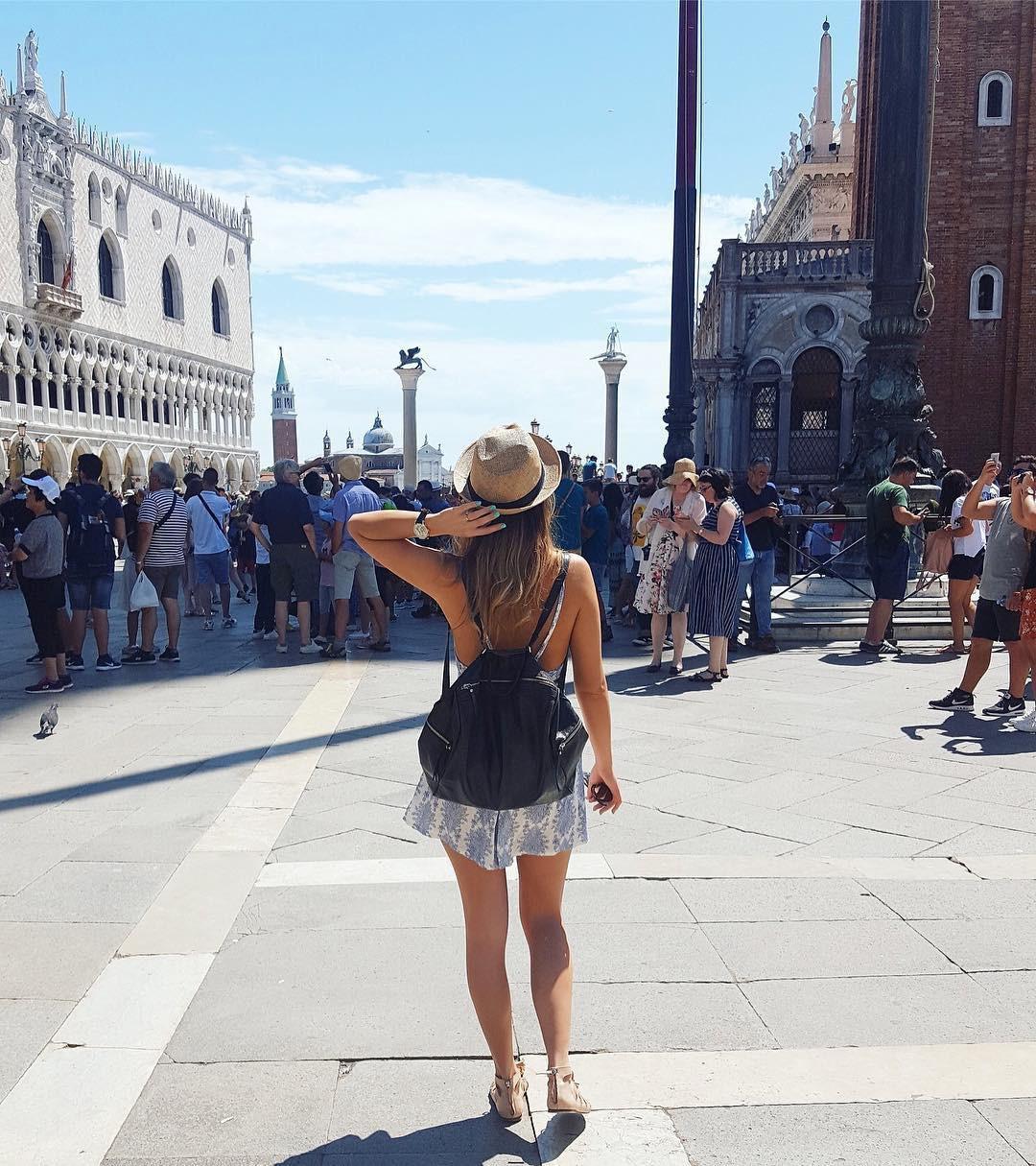 Những luật cấm kì lạ du khách cần lưu ý khi đến Venice - Ảnh 1.