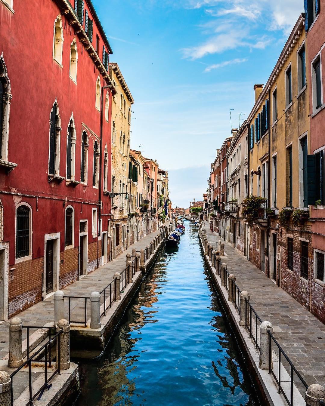 Những luật cấm kì lạ du khách cần lưu ý khi đến Venice - Ảnh 3.