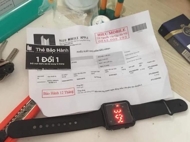 Mua Apple Watch 250.000 đồng, nhận đồng hồ đồ chơi tại Hà Nội - Ảnh 1.