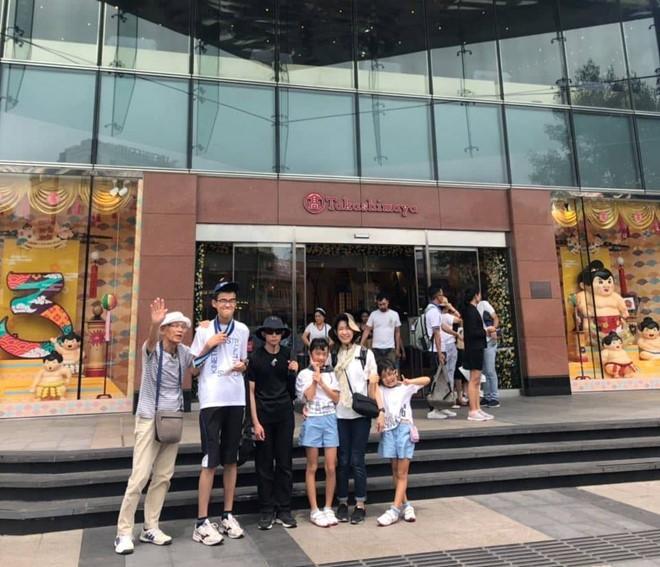 Cuốc xích lô dạo Sài Gòn 5 phút bị 'chém' 2,9 triệu: Du khách Nhật vẫn xin lỗi - Ảnh 2.