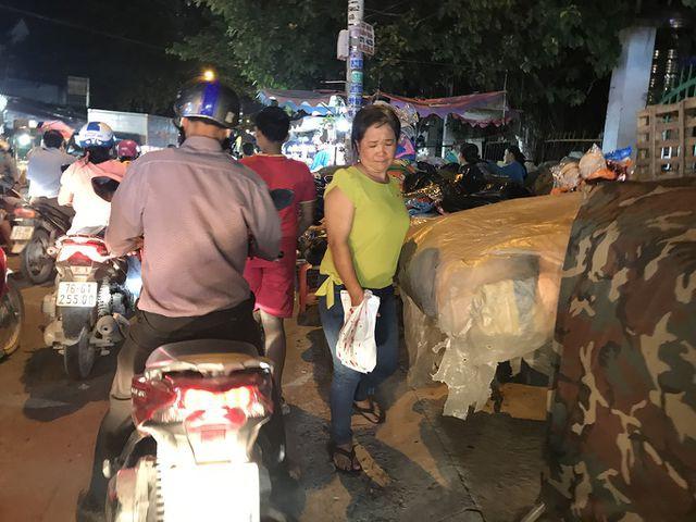 Con đường 'đau khổ' tại TP HCM: Lãnh đạo huyện chỉ đạo xử lí xe quá tải! - Ảnh 6.
