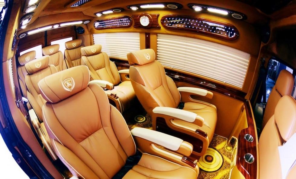 noi-that-xe-limousine-di-ninh-binh-tu-ha-noi