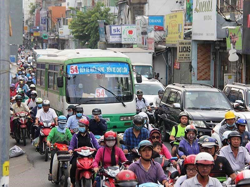 Chín doanh nghiệp vận tải xe buýt lại kêu cứu - Ảnh 1.