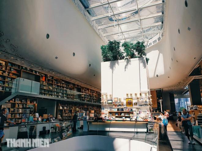 Đi Bangkok lễ 2/9, thử sống chậm ở những quán cà phê có 1 không 2 - Ảnh 5.