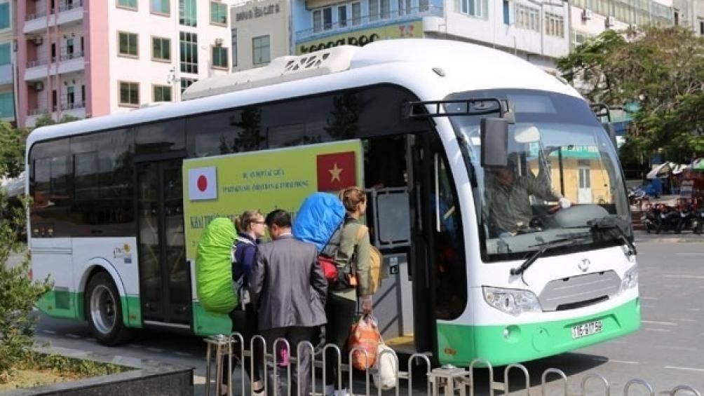 Xe buýt điện 10 tỉ đồng Nhật Bản hỗ trợ Hải Phòng bị 'giam lỏng' ở Cát Bà - Ảnh 1.