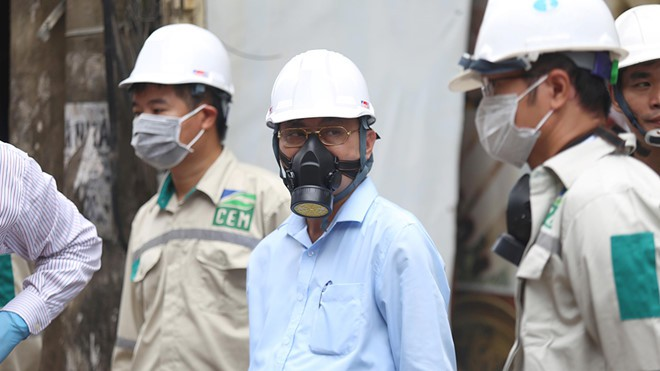 Vụ cháy Rạng Đông: Bộ TN-MT nói gì về rút tin thủy ngân gấp 10-30 lần WHO khuyến cáo? - Ảnh 1.